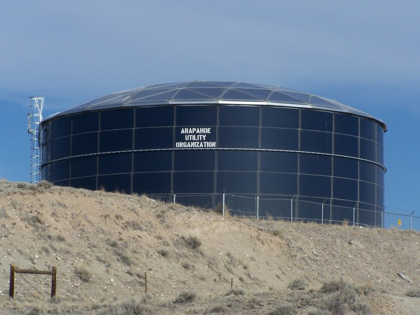 The one-million-gallon tank for the alternate water supply system at the Riverton, Wyoming, Processing Site.