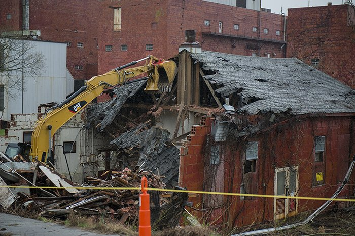 Crews take down Building 9743-2 at the Y-12 National Security Complex.