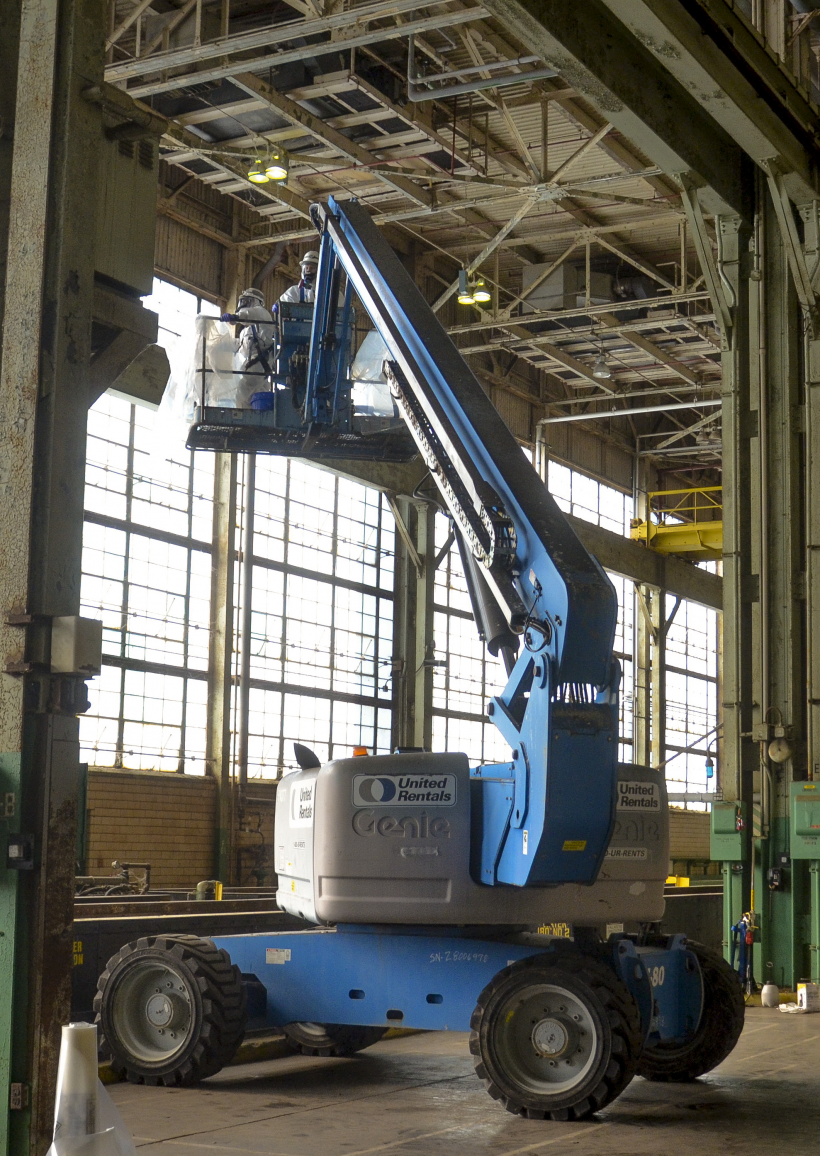 Crews perform deactivation work on the interior of the C-400 building at Paducah.