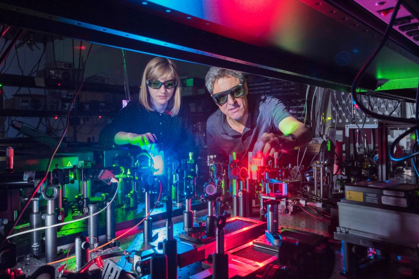 Sandia National Laboratory researchers made a material that mixes two lasers to produce 11 colors