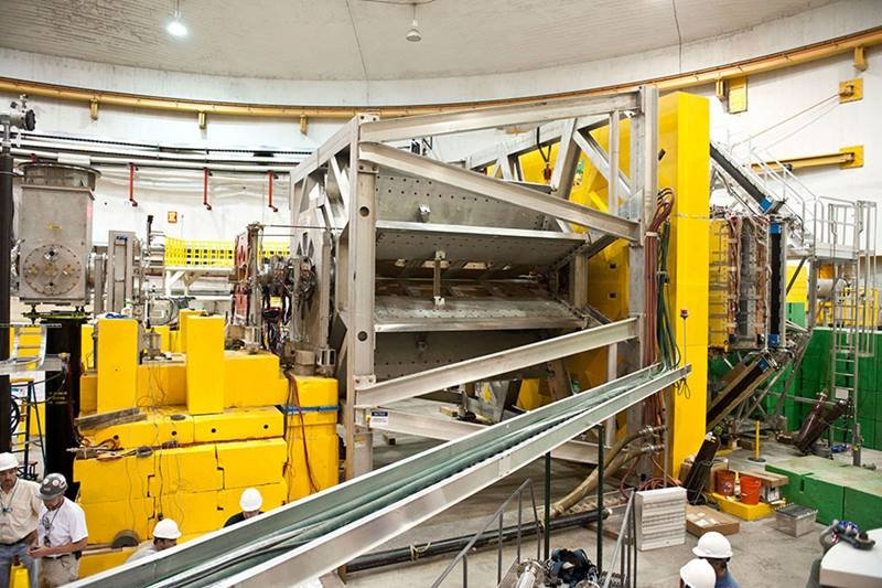 Engineers installed the Q-weak apparatus, shown here, in the Hall for the experimental run, which concluded in 2012.