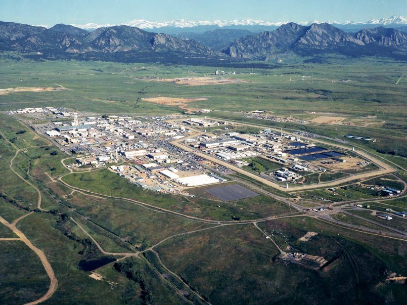 An 1995 aerial photo of the Rocky Flats Plant in Colorado prior to cleanup