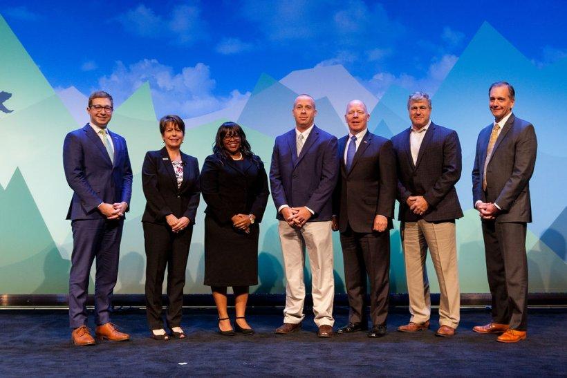 Navy 2019 FEDS Spotlight recipients.