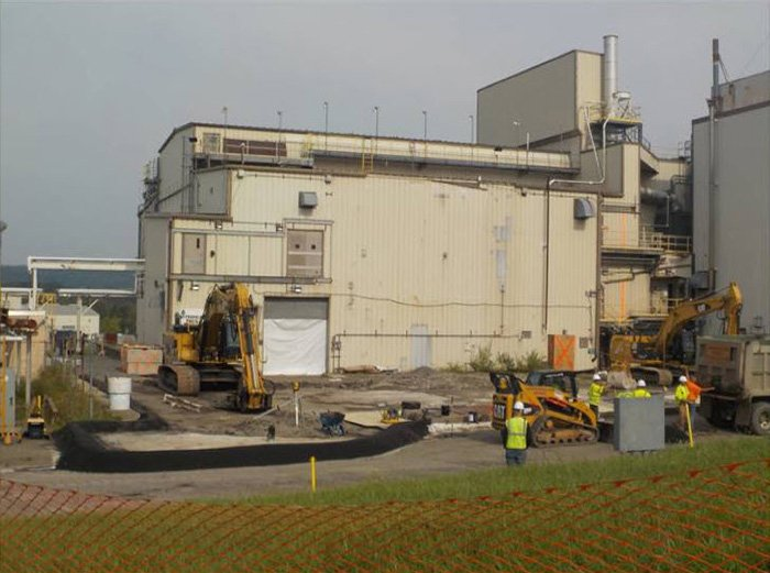 A view of the Vitrification Facility prior to demolition at the West Valley Demonstration Project. The facility was the largest and most complex demolition at WVDP to date. The WVDP team used lessons learned, best practices and a methodical approach t