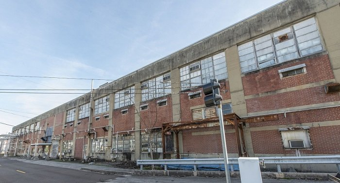 Beta-1 is also a former Manhattan Project building that supported uranium enrichment efforts for the first nuclear weapons created during the Manhattan Project.