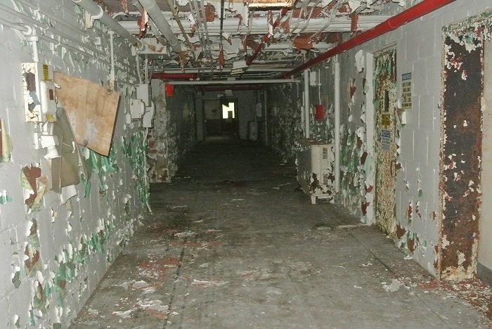 A view of the conditions inside one of the remaining Biology Complex facilities, which date back to the 1940s. These buildings are part of Oak Ridge's inventory of excess contaminated facilities to be addressed by cleanup workers.