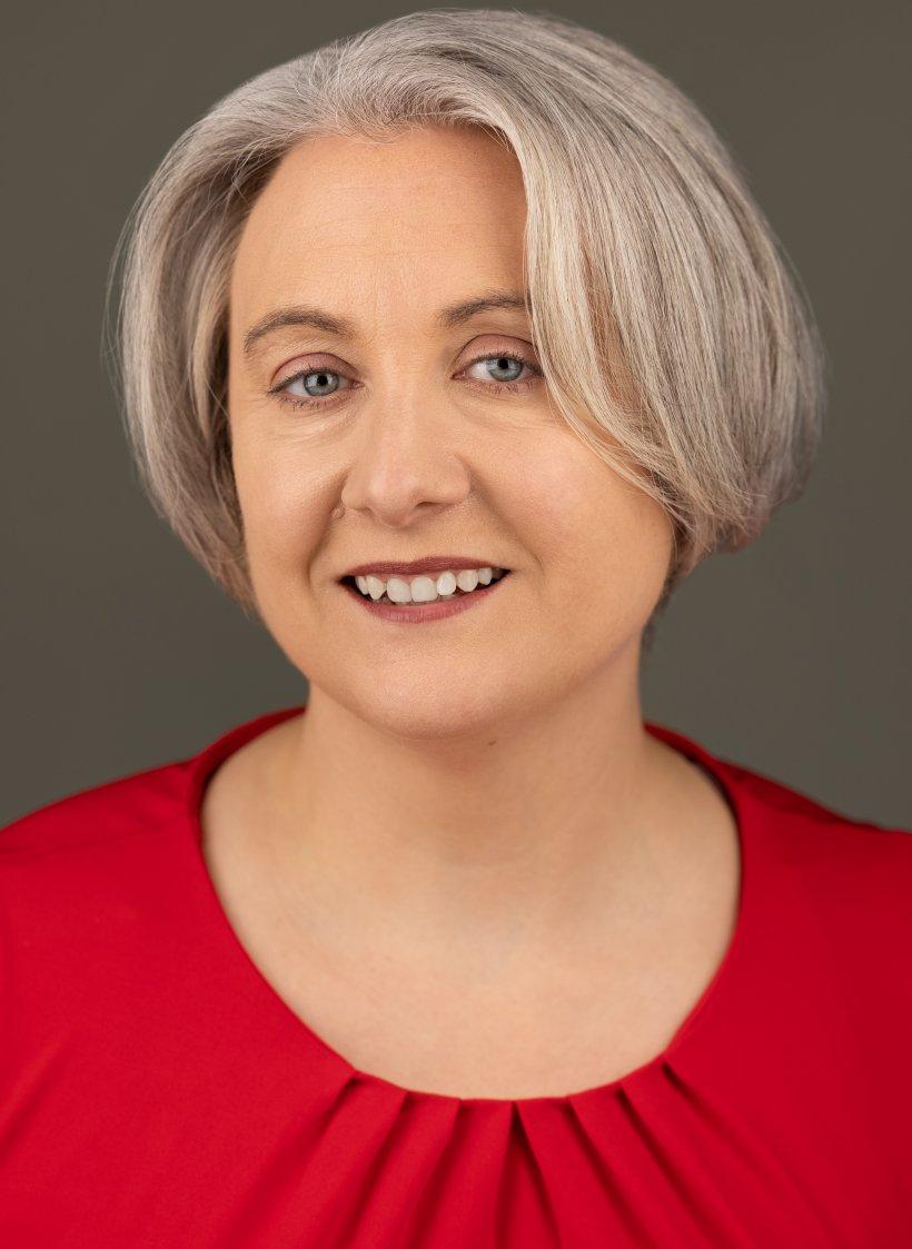 A head and shoulders shot of Andrea Crooms.