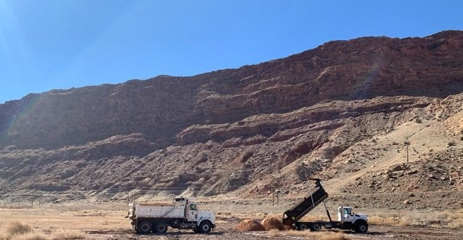 Arches National Park delivers fill dirt to the Moab Uranium Mill Tailings Remedial Action Project.