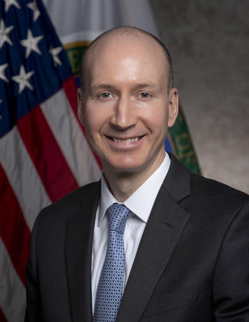 Official Photo of David Turk, Deputy Secretary of the U.S. Department of Energy