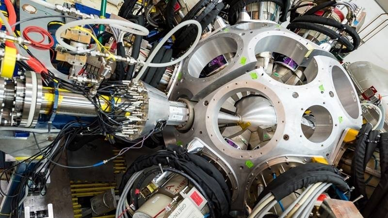 The researchers used the GRETINA to detect gamma rays emitted by argon-34 isotopes.