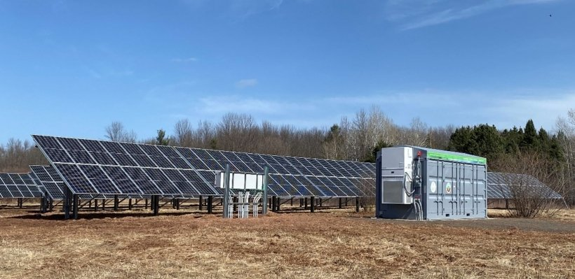 Solar microgrid project on Bad River Band property.