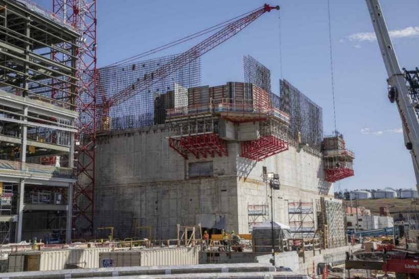"""Rebar wall curtain placements for the 3rd level walls are placed and concrete pours are underway. The walls will be complete in June 2021 and the building will achieve the """"in the dry"""" milestone in September 2021."""