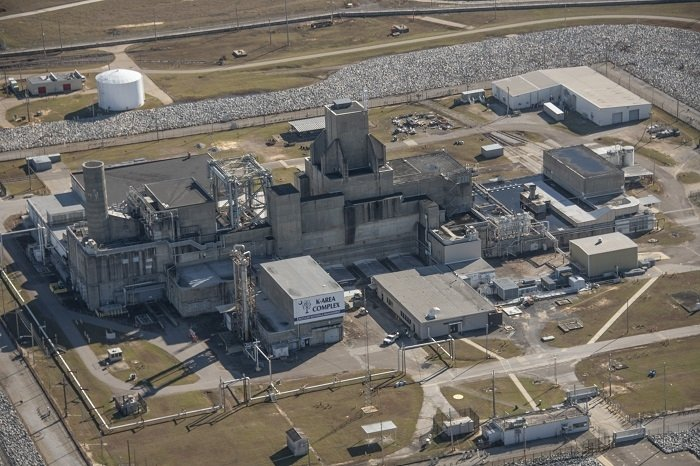 A view of the Savannah River Site K Area Complex, where plutonium downblending operations take place.