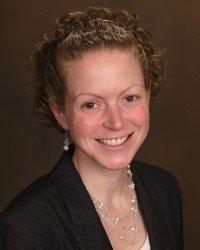 Headshot of Carolyn Snyder.