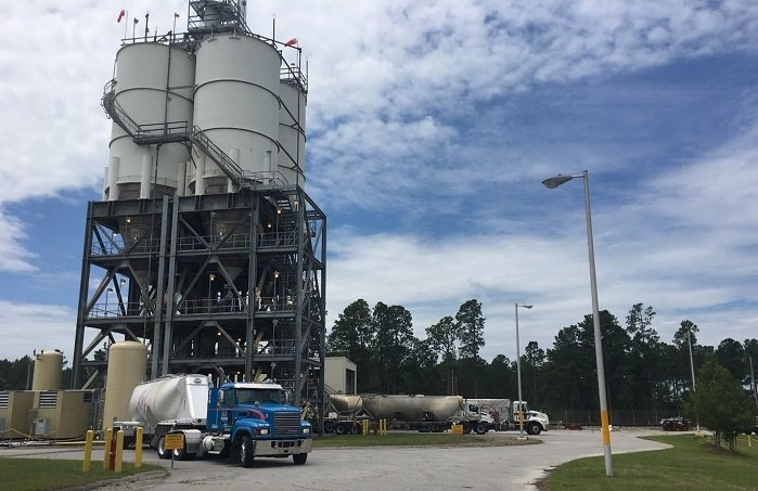 Improvements at the Saltstone Production Facility have made it possible for as many as four trucks to simultaneously unload dry materials into silos for mixing with decontaminated salt solution from the Salt Waste Processing Facility at the Savannah River Site.