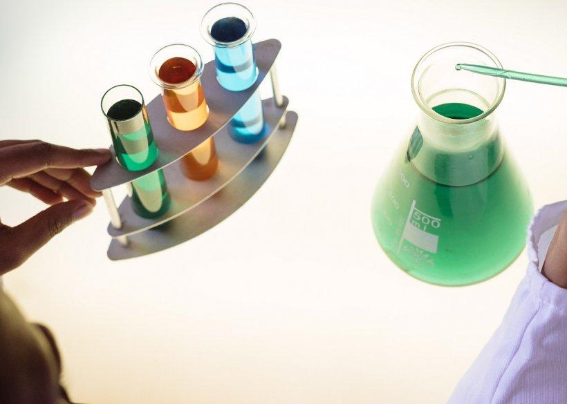 vials and a beaker - pexels
