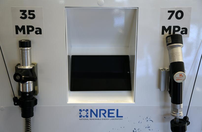 Fuel cell elecric pump