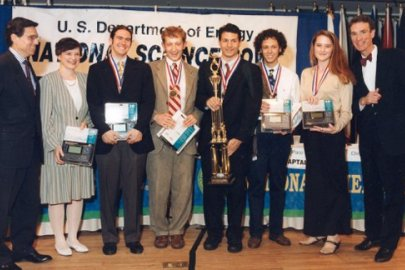 Champions in Science Whose Stars Are Still Rising: Profile of Paco Jain, National Science Bowl Champion (1998)