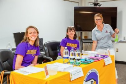 Jefferson Lab Provides Virginia Teachers With Virtual Teaching Resources