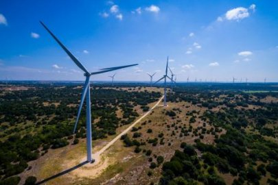 Berkeley Lab Study Shines Light on Wind Energy Taxes and Schools