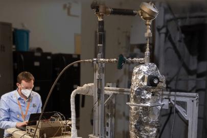 ORNL and AMS Complete Sensor Testing for Small Modular Reactors