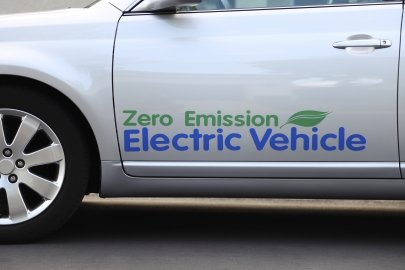 Buying and Driving Fuel Efficient and Alternative Fuel Vehicles