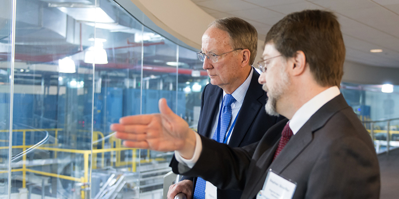 Klotz and Dr. Stephen Streiffer discuss work sponsored by NNSA at the Advanced Photon Source, a U.S. Department of Energy User Facility at the lab. Streiffer is director of the APS, which provides the brightest storage ring-generated X-ray beams in the Western Hemisphere.