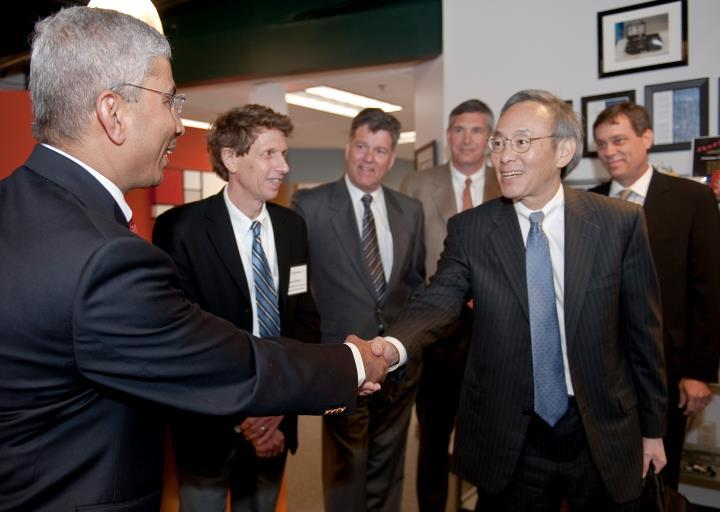 Green Launching Pad 2.0 awards ceremony with Secretary Chu, Gov. John Lynch, and UNH President Mark Huddleston held at EnerTrac, Inc., in Hudson, NH. | Courtesy of University of New Hampshire Photographic Services