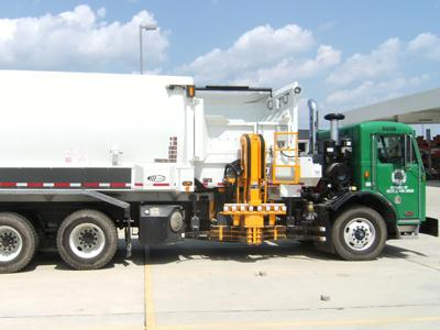 Peterbilt Model 320 Hybrid HLAs are being put to use in Ann Arbor, MI, where they will serve as recycling trucks. | Photo Courtesy of Peterbilt Motors Company