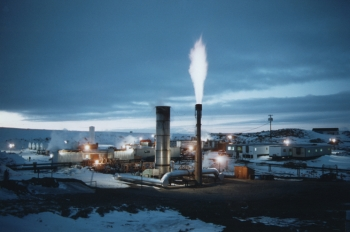 """Lawrence Livermore National Laboratory demonstrated coal gasification in large-scale field experiments at the Rocky Mountain Test Facility (above) near Hanna, Wyoming. Coal gasification and sequestration of the carbon dioxide produced are among the technologies being used in the Texas Clean Energy Project. 