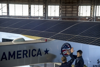 Solar Impulse's HB-SIA prototype.   Photo by J. Revillard, Solar Impulse.