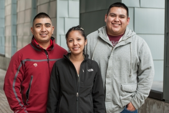 From left to right: Shaun Tsabetsaye, Reyna Banteah, and Jeremy Laselute from the Zuni Pueblo Tribe. Photo by Dennis Schroeder, NREL