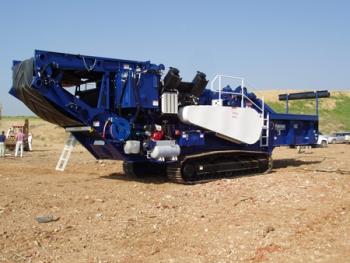 Montgomery's horizontal grinder has normal handling capacity of 108 tons per hour.   Photo Courtesy of Lynda Wool