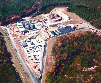 The highly-efficient, biomass-fired cogeneration facility at the Savannah River Site replaced a 1950s-era coal-fired plant and will result in significantly reduced pollutant emissions, including a reduction of 100,000 metric tons per year of carbon dioxide emissions.