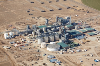 The Abengoa Bioenergy Biomass of Kansas facility has the capacity to convert up to 325,000 dry tons of agricultural residues, including corn stover, into 25 million gallons of cellulosic ethanol each year.  | Courtesy of Abengoa
