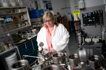 Barbara Kutchko, a well-bore cement researcher, studies the make-up and properties of cement used in oil and gas drilling. | Photo courtesy of the National Energy Technology Lab (NETL).