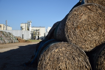 """Corn stover is stored at the biorefinery until it is ready to be processed into cellulosic ethanol. See what happens next to make cellulosic ethanol with an <a href=""""http://www.energy.gov/eere/articles/four-cellulosic-ethanol-breakthroughs"""" target=""""_blank"""">Energy Department photo slideshow</a> and <a href=""""http://youtu.be/HQHD849NGYU"""" target=""""_blank"""">POET's """"How ethanol is made?"""" video</a>."""