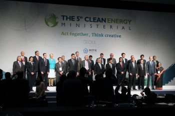 CEM5 in Seoul brought together energy ministers and other high-level delegates to discuss progress on the CEM's overarching goal: accelerating the transition toward a global clean energy economy. Photo courtesy of the CEM Secretariat.