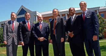 Secretary Chu visits Delaware State University to commemorate the school's efforts with the Better Buildings Initiative.