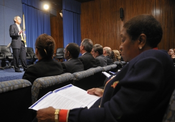 Secretary Chu speaks at the Workforce Diversity and Inclusion Town Hall  on December 6, 2011. | Energy Department file photo.