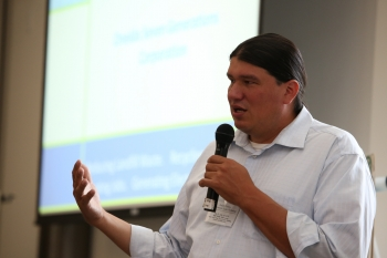 Workshop guest speaker Bill Cornelius of Oneida Seven Generations Corporation discussed the tribal renewable energy project development and finance process in action. Photo by John De La Rosa, NREL