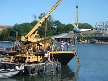 Verdant testing its tidal energy device in New York's East River. | Photo courtesy of Verdant Power.