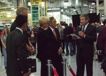 A123 Systems' President David Vieau speaks with Energy Secretary Steven Chu and Michigan Governor Jennifer Granholm at the opening of their Livonia, MI plant. The plant will develop and manufacture advanced batteries systems for electric vehicles. | Department of Energy Photo |