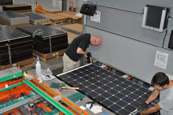 Inside the Helios Solar Works manufacturing facility. | Photo courtesy of Helios Solar Works.