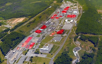 Excess facilities at Oak Ridge's Y-12 National Security Complex are marked in red.