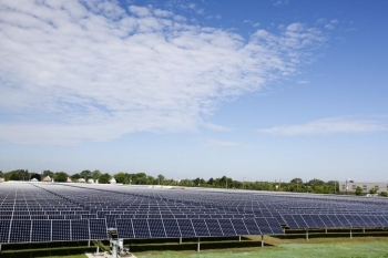 Exelon's City Solar power plant is located in Chicago's Far South Side and is the one of the largest urban solar installations in the country. (Photo courtesy: SunPower)