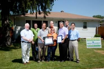 Green Energy Improvement, Chicago, IL, Customer Relations and Sales & Marketing. |Green Energy Improvement presents homeowners with an Illinois Home Performance with ENERGY STAR Silver Certificate.