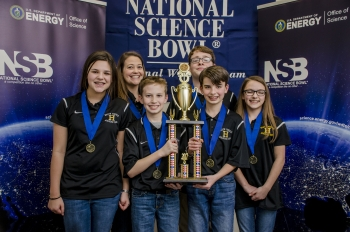 1st Place Heath Middle School Team 2 (left to right, front row) - Ava Kelly, Jacob Harris, Mason Hancock, and Tylee Haws; Back row - Coach Brandy Roberts and Xander Norment