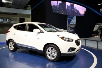 The Hyundai Tucson FCEV is currently available for lease in Southern California for less than $500 per month, including free hydrogen fuel. Hydrogen for FCEVs can be produced from a variety of resources all providing emission reductions. Hydrogen derived from natural gas reduces emissions by half and hydrogen produced from renewables cuts total emissions by more than 90% compared to today's gasoline vehicle. Comparable to today's gas prices, hydrogen can be produced from low-cost natural gas for approximately $4 per gallon gasoline equivalent when produced at high volumes. | Photo by Sarah Gerrity, Energy Department