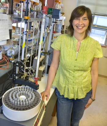 Dr. Jill Fuss is a Research Scientist in biophysics and biochemistry at Lawrence Berkeley National Laboratory, working on understanding the molecular basis for cancer and aging.